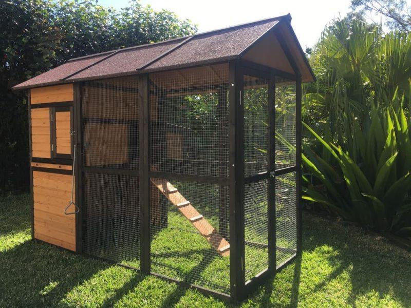Enclosed House L-58cm W-85.5cm Height under house 58cm