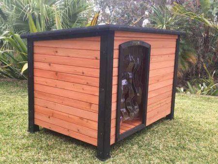 Medium Timber Kennel